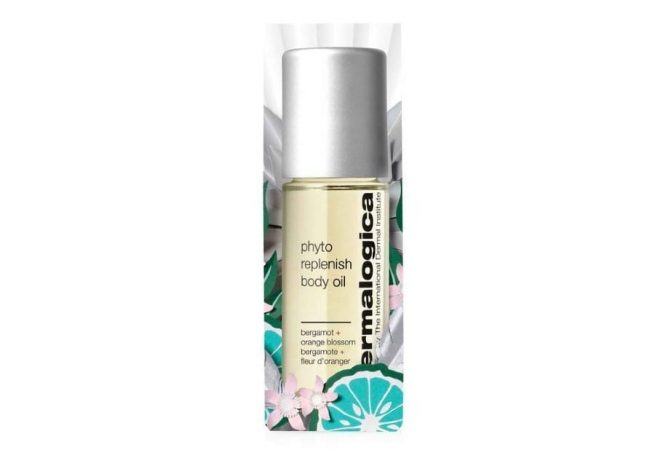Photo showing the packaging of body glow to go by Dermalogica