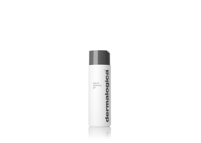 Photo showing the packaging of special cleansing gel 500ml by Dermalogica